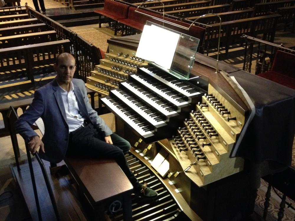 Guillermo A. Ares - CantArte - León